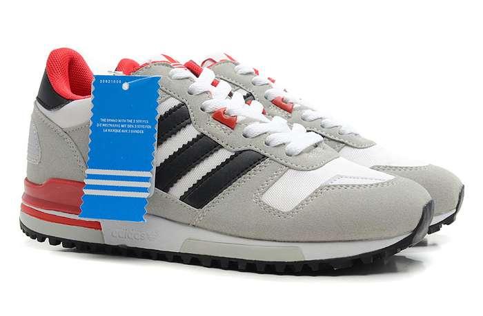 adidas鞋子海报素材