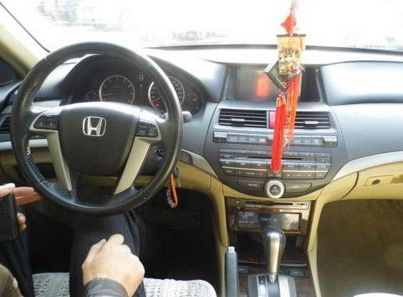 200912月8代雅阁,自动挡天窗,2.4排量 微信:qijiajlb - [举报]