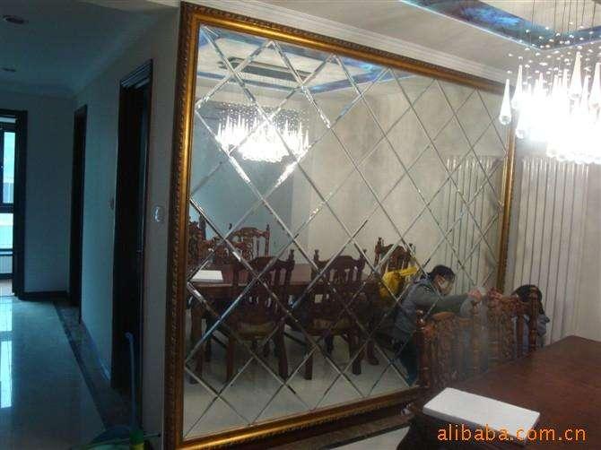 欧式客厅玻璃水晶柱隔断