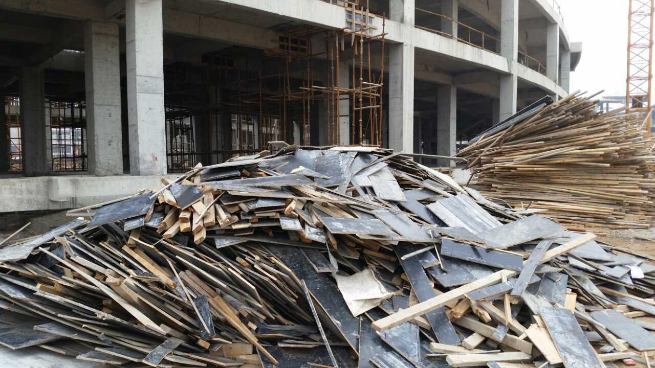 常州收购废木材,工地模板,家具厂边角料,刨花板,多层板 - [举报]