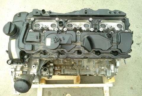 宝马汽车配件n55发动机顶部 - [举报]