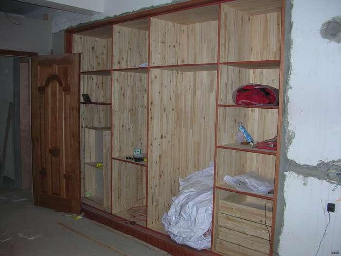专业木工,《,轻钢龙骨隔墙