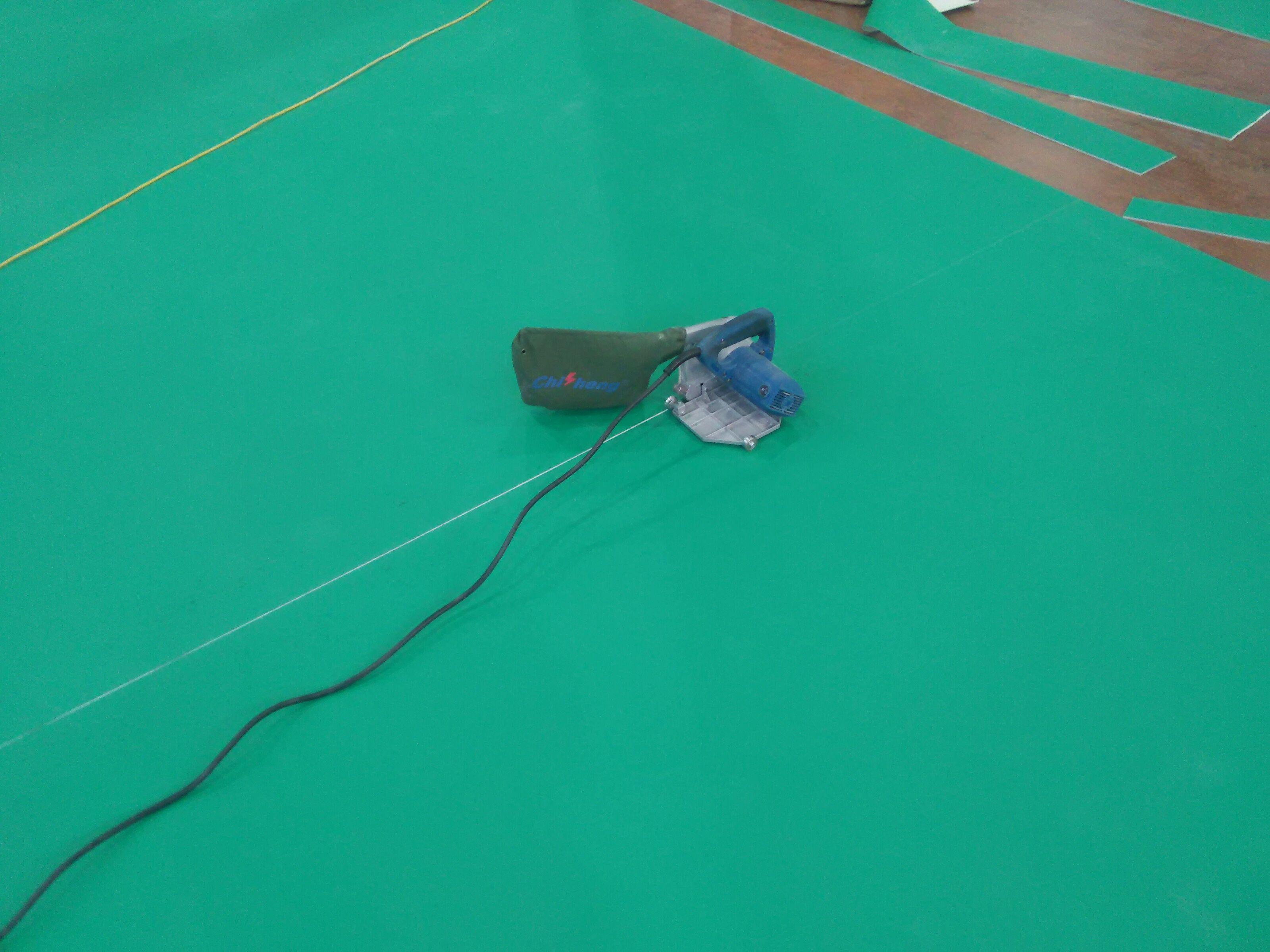幼儿园地胶,学校塑胶地板,地胶施工图片