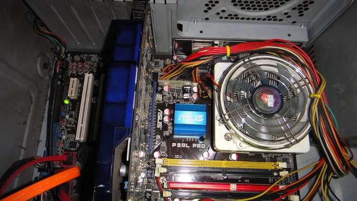 固态硬盘如何接线