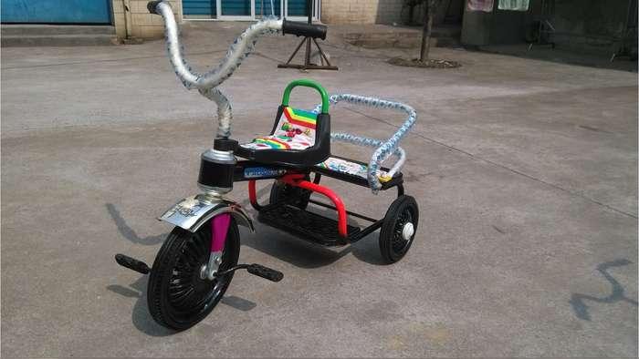 儿童三轮车 宝宝脚踏车