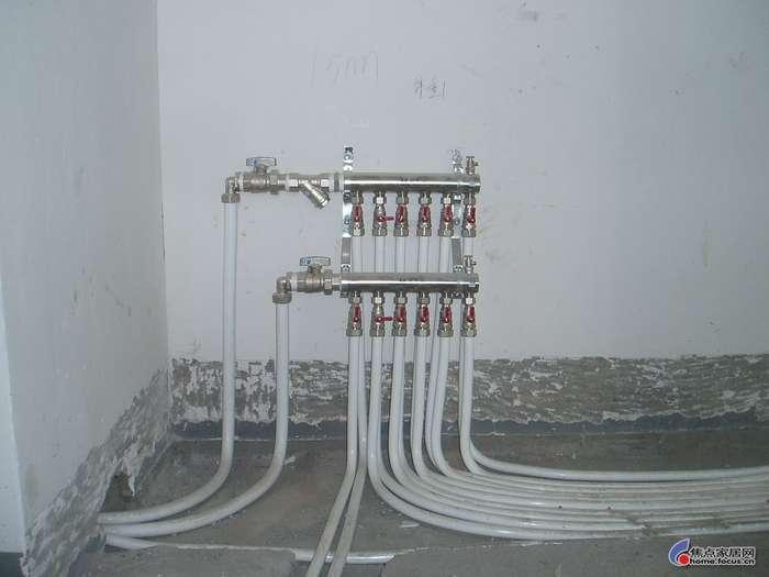 常州市区专业水电维修(联系电话:15206117353印师傅) 水电服务项目: 1.从事住房、店面、办公场所、厂房车间水电安装,水电维修,水电设计改造,房屋维修 翻新,家居维修,防水防漏修复等多年。强弱电均可. 1/上水管道及相关水暖维修   维修、安装各种水龙头、阀门、软管等   安装、拆卸各种面盆、浴缸、热水器、小便器、马桶   安装、改造各种PVC管、PPR管、不锈钢管、铝塑管、镀锌管。   2/下水管道及相关设施维修   安装、改造各种PVC管、铸铁管    防水堵漏:包括厨房、厕所、房顶