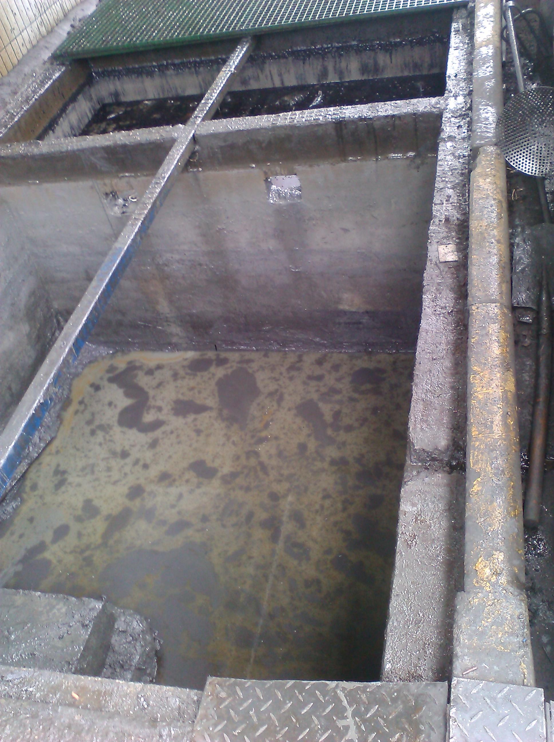 马桶蓄水池工作原理