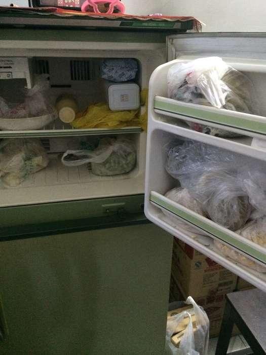 转卖一台老式日本三菱电冰箱