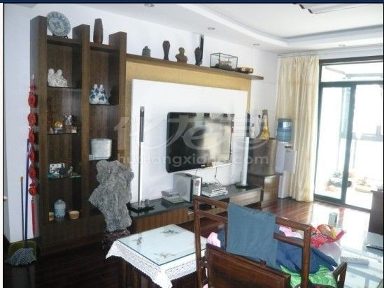 实木地板、红木家具高清图片