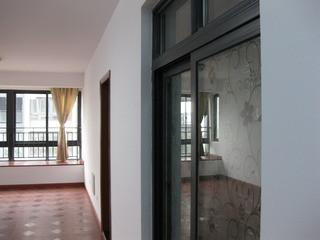武进西太湖 湖滨怡景 新房精装修 三室两厅一卫一厨高清图片