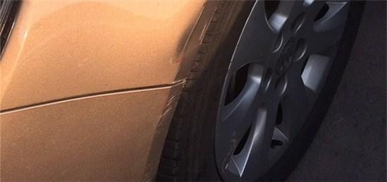 大过年的车被蹭了,对方还逃逸!报警有没有用啊?