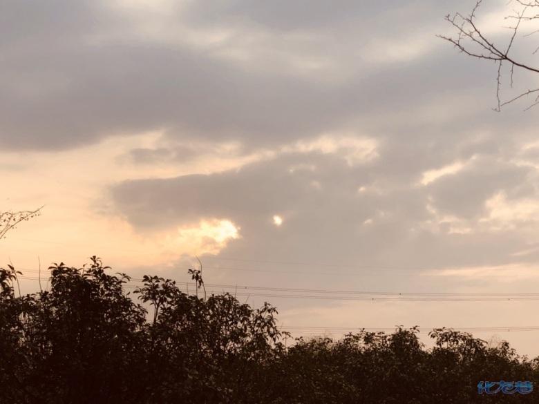 常州昨早惊现天空之龙!天降祥瑞,愿大家健康快乐