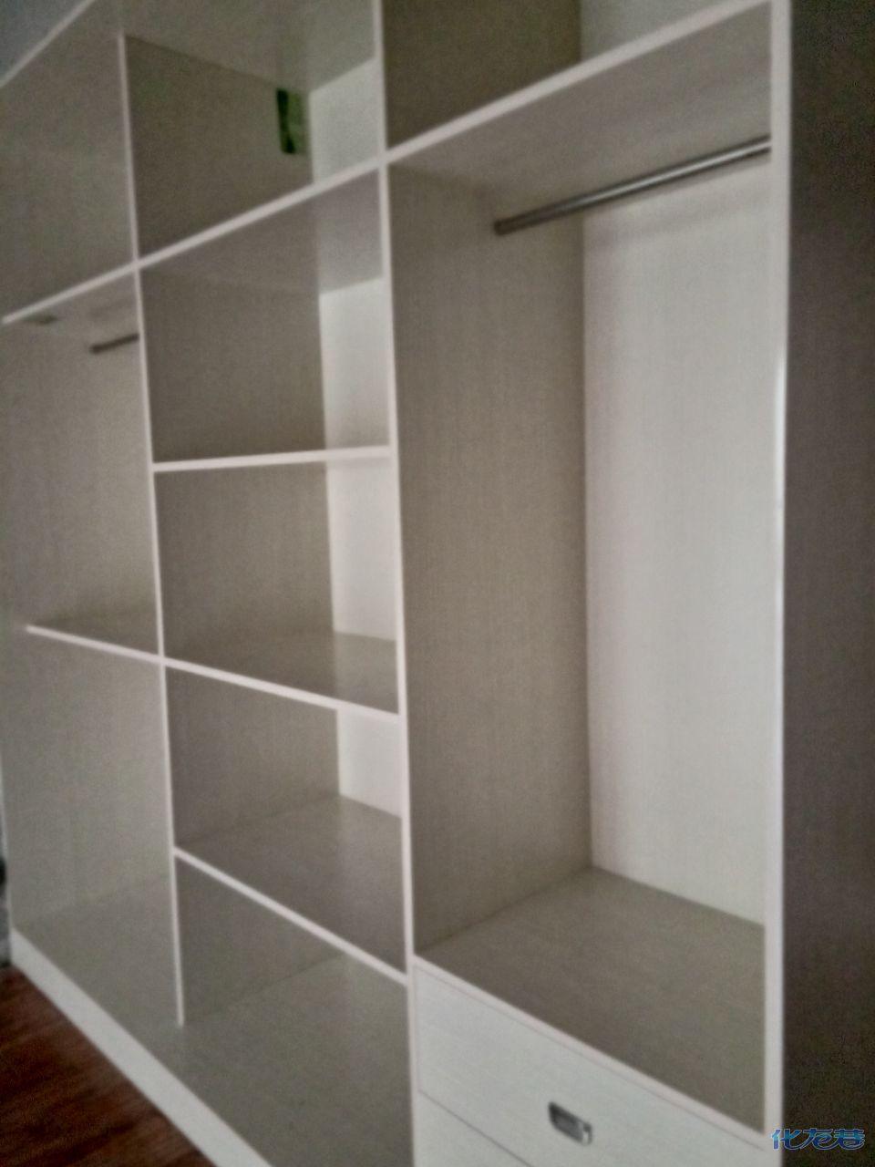 专业木工装修吊顶隔墙打柜子,有需要可以联系张师傅