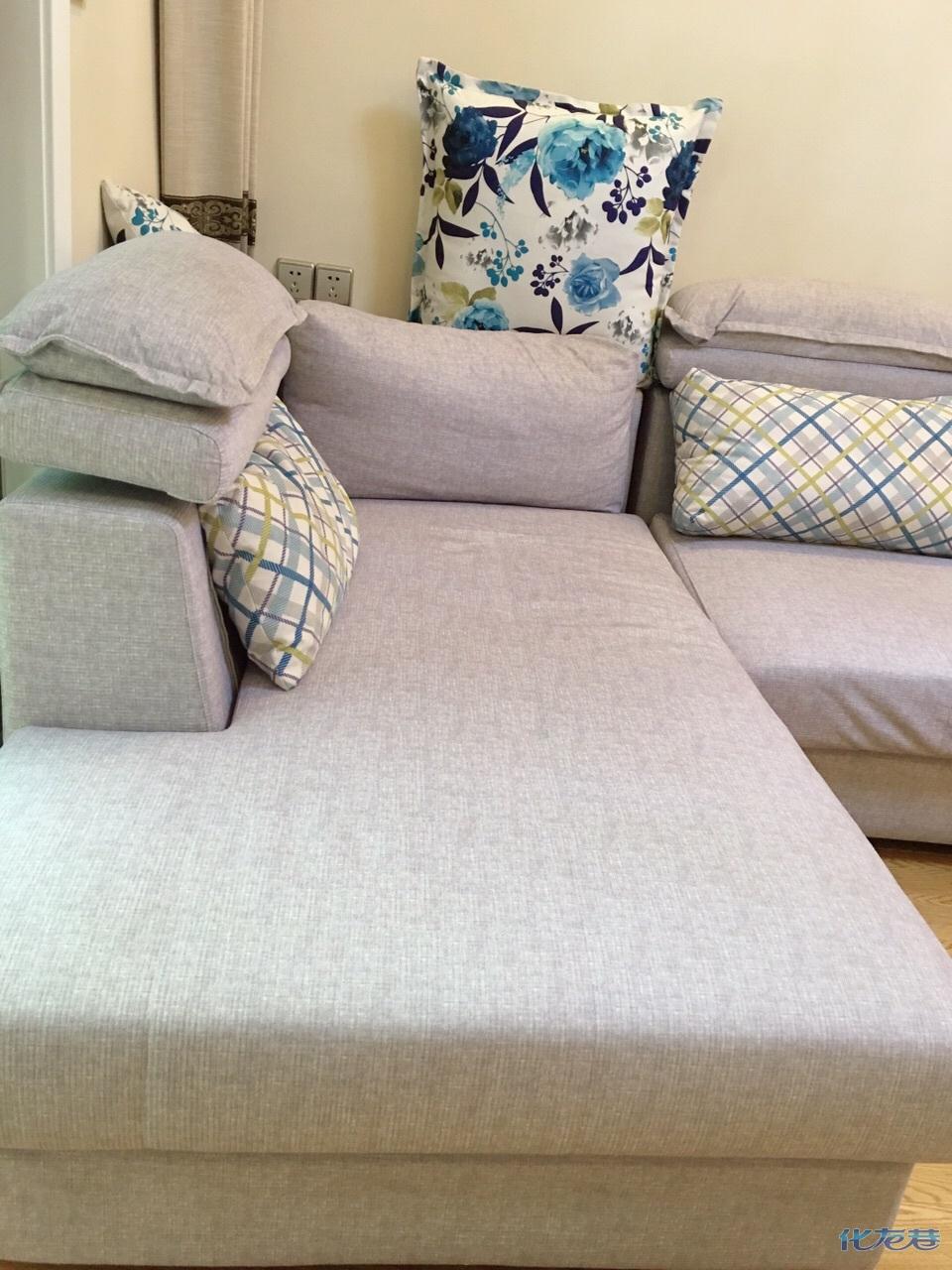 欧宝沙发长三米六因搬家忍痛转让用了一年多还挺新的青图片