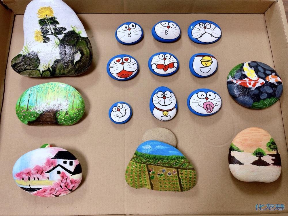 我的石头画:随时随地随手捡回一块不起眼的小石头,画图片