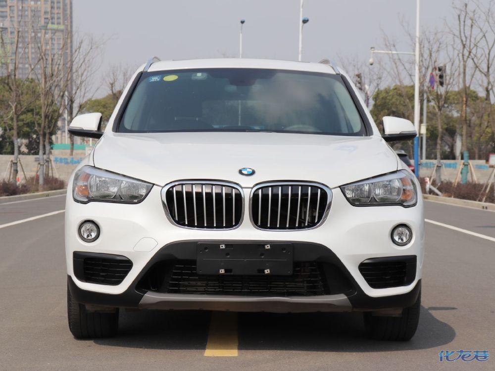 出售2018年的新款宝马x11.5t排量公里数1万
