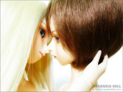 可爱娃娃接吻图片