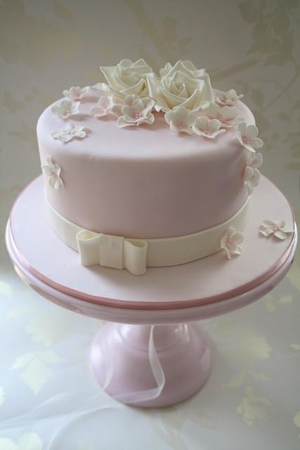 私家甜品订制 好看又好吃的翻糖 蛋糕 和手