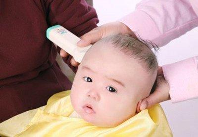 我拿宝宝胎毛做这个