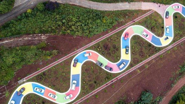 重庆建成贪吃蛇公路