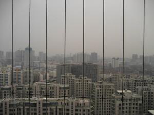 求阳台隐形防护网,不知多少钱一个平方,就是那