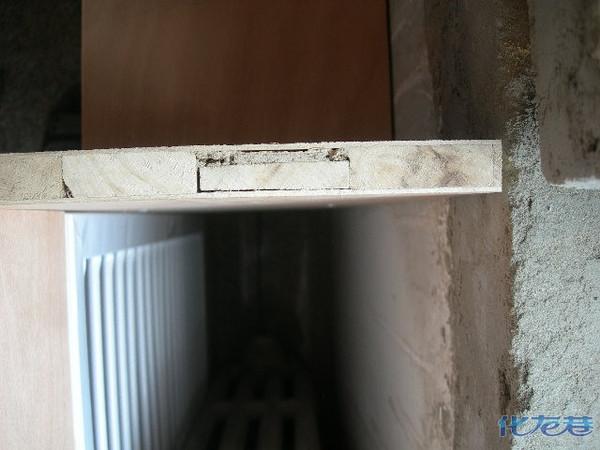 以上是较好的木工板,木块内芯再压4层木单板
