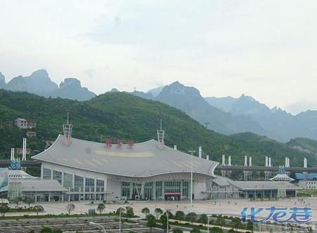 张家界火车站已与国内多个大中城市开通了直通