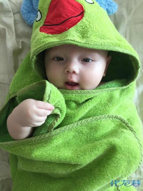 中国可爱宝宝高清屏保图片